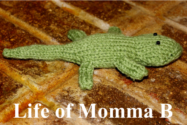 Little Lizard free knittiing pattern | Life of Momma B