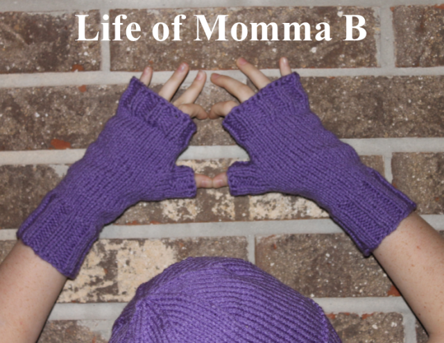 peekaboo mitts free pattern | Life of Momma B