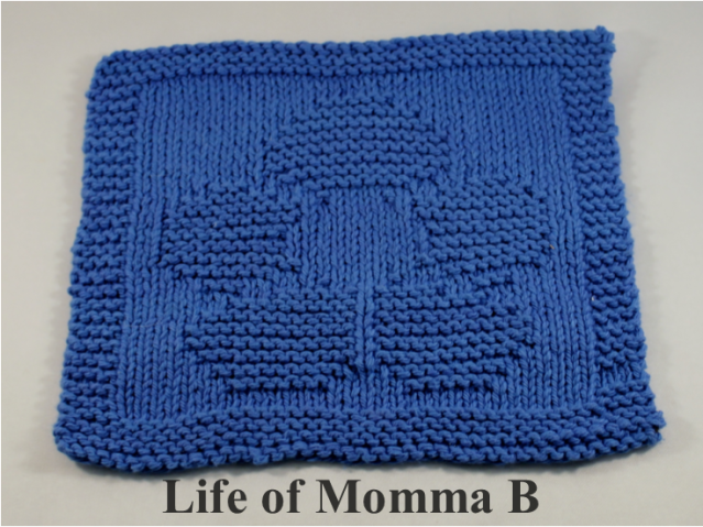 Flower dishcloth made from a free pattern | Life of Momma B